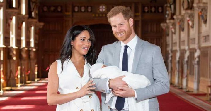 Meghan Markle Is Being Mum-Shamed Over The Way She Holds Baby Archie
