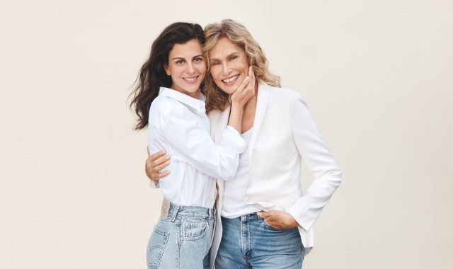 Lauren Hutton on Partnering With StriVectin and How the Beauty Industry Has Changed