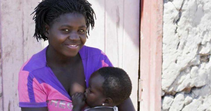 Nine Powerful Images Celebrating #BlackBreastfeedingWeek