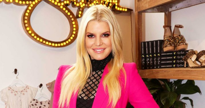Jessica Simpson's 8-Year-Old Daughter Maxwell Is Reading Her Memoir