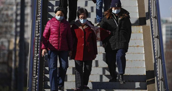 China urges unhurried public to get vaccinated against COVID