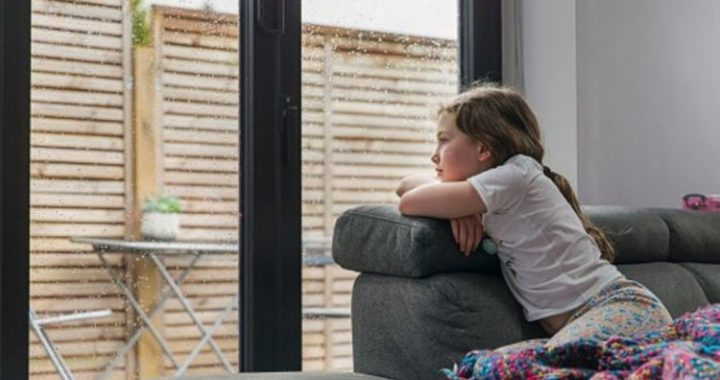 Kids in crisis as 400,000 seek help for their mental health during pandemic
