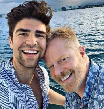 Watch Jesse Tyler Ferguson Adorably Sing Miley Cyrus' 'We Can't Stop' to Son Beckett, 9 Months